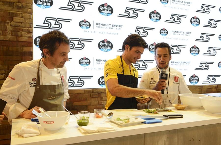 Carlos Sainz con Yayo Daporta y Javier Olleros