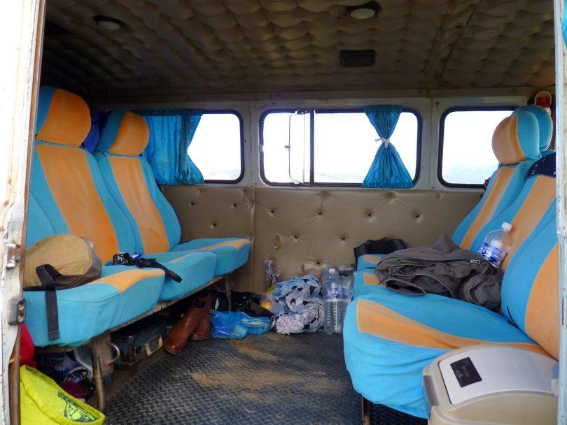 Carrinha russa UAZ 03 Mongólia Mundo Indefinido