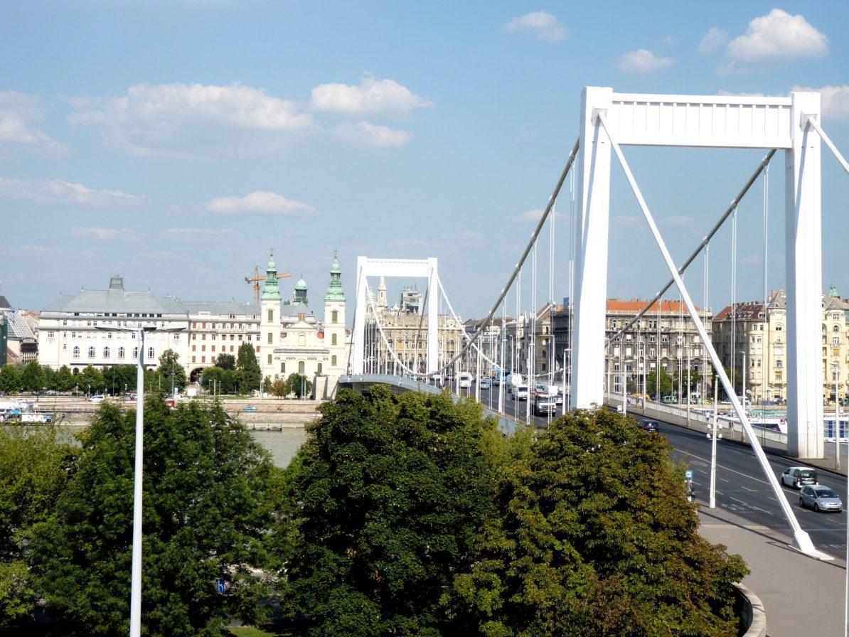 Ponte Erzsébet 01 Budapeste Hungria Mundo Indefinido