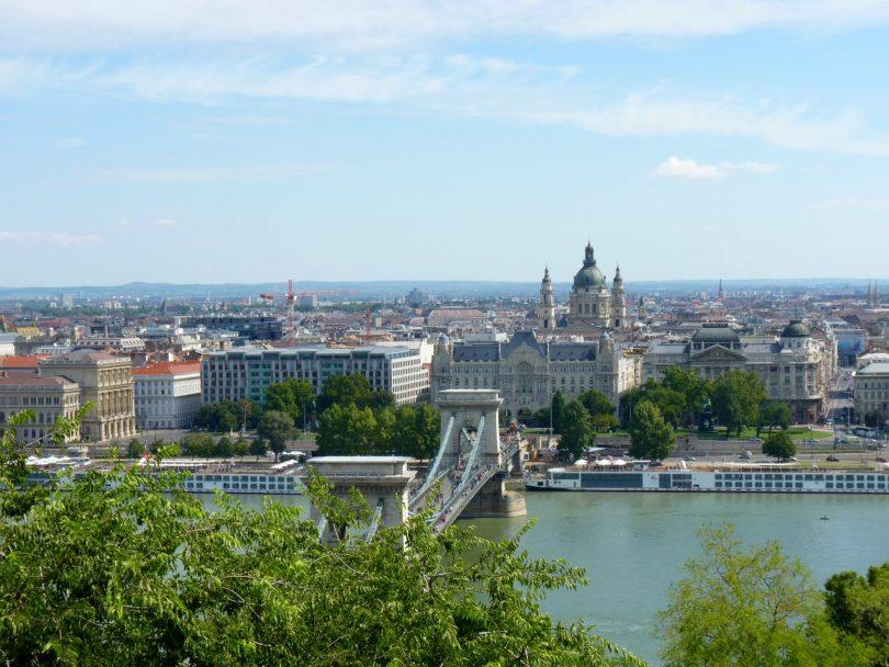 Ponte Széchenyi Lánchíd 01 Budapeste Hungria Mundo Indefinido