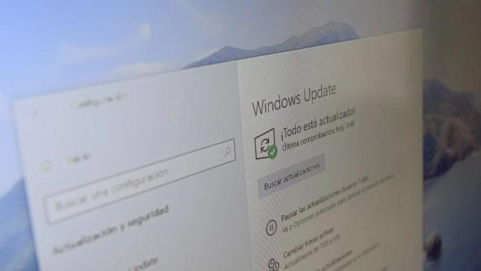 Microsoft lanza un parche en Windows 10 para prepararnos para la actualización de funciones