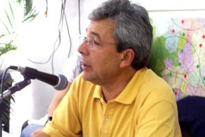 O jornalista Carlos Fino, imprensa da Embaixada de Portugal em Brasília.