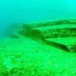 Pirámides submarinas en Japón - Antigua Ciudad Bajo el agua 5