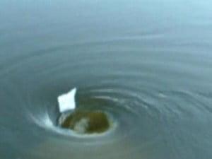 10 increíbles agujeros en el agua