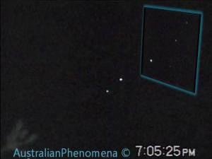 Dos orbes sobre Cooloongup, occidente Australia – 07 de septiembre 2011