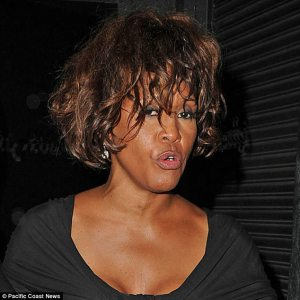 Whitney Houston víctima de la industria farmacéutica