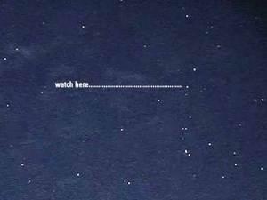 """2 OVNIS hacen """"LOOP-de vuelta"""" por encima de Melbourne Australia – 05 de septiembre 2012"""