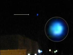 OVNI azul filmado sobre Swan Island, Portland OR – 16 de octubre 2012
