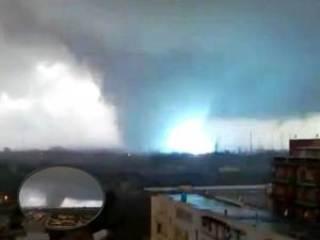 Tornado en Taranto Italia