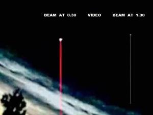 Triángulo OVNI acompañado por Orbes dispara rayos de luz sobre Lituania