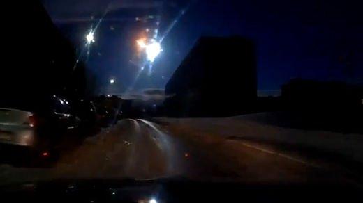 Espectacular meteorito explota sobre ciudad Rusa