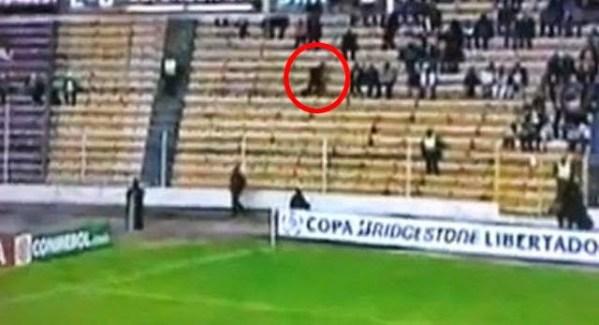 Fox Sports graba una 'sombra fantasma' en el Estadio Hernando Siles de La Paz, Bolivia