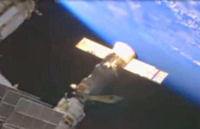 NASA intenta poner fin al Live Stream de la ISS tras incidente de acoplamiento OVNI