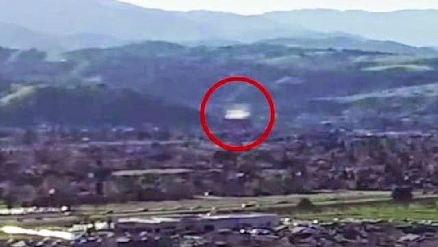Drone graba un OVNI en California
