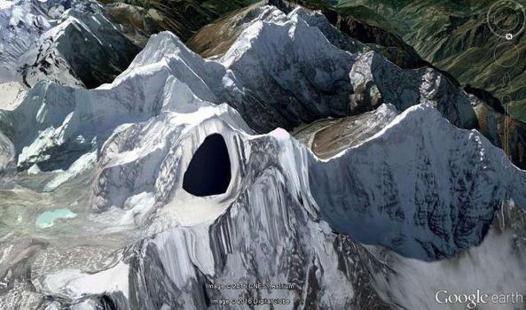 Google Earth tapó base secreta OVNI en el Himalaya