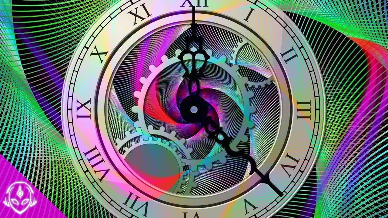 ¿Existe un universo paralelo con el tiempo hacia atrás?