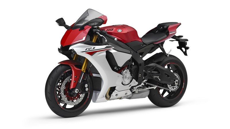 Yamaha R1 2015 – Datos, fotografias y video oficial