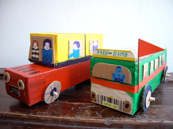 how to make a small toy car out of cardboard