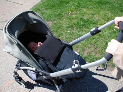 primeiro carrinho do bebê