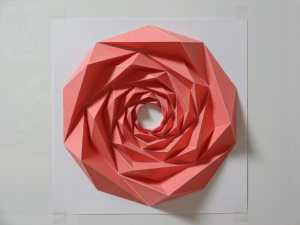 Rosa LowPoly papercraft