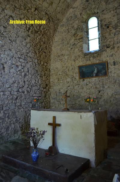 ermita_c_altar