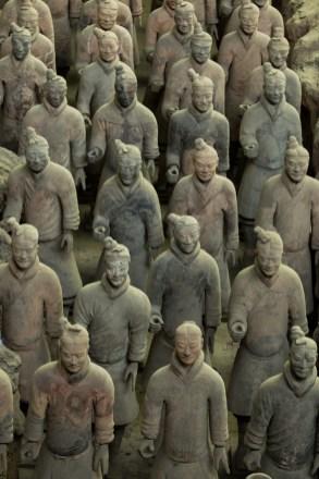 Estátuas em tamanho real