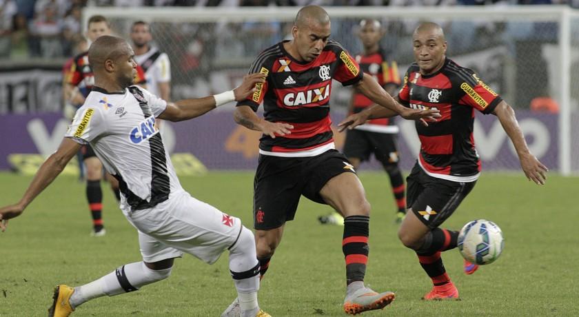 Flamengo perde para o Vasco em Cuiabá e permanece no fundo de poço