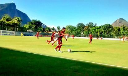 Após tropeços, Fla tenta recuperação contra o Bangu na Taça Rio Sub-20