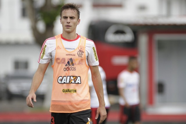 Bressan treina com o time normalmente. Flamengo não deve criar dificuldades para a sua volta ao Grêmio   Foto Flamengo