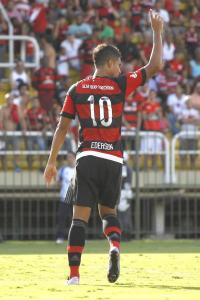 Camisa 10 estreou em 2016 e fez bonito. Foto: Gilvan de Souza | Flamengo