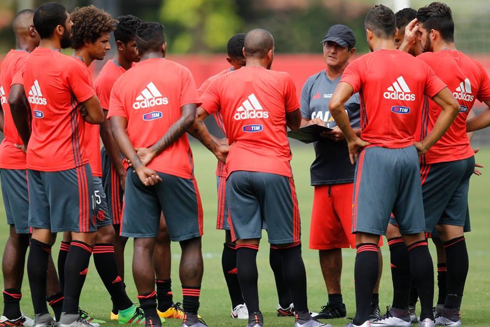 Flamengo tenta quebrar jejum de vitórias contra o Vasco