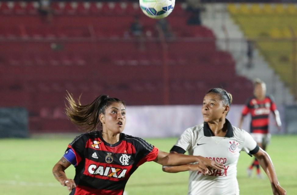 Flamengo tenta bater Corinthians na Gávea no Brasileiro Feminino
