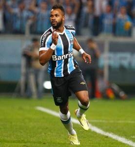 Fernandinho em ação pelo Grêmio. Foto: Lucas Uebel / Grêmio FBPA