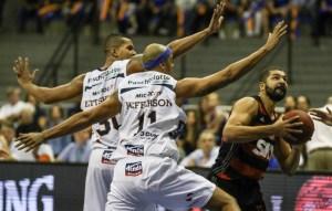 Olivinha foi o cestinha rubro-negro com 16 pontos / Foto: Luiz Pires - LNB