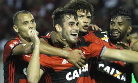 Fla faz o dever de casa, vence o Vitória e entra no G4 do Brasileirão