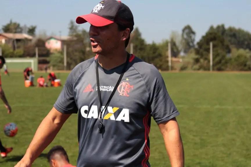Zé Ricardo elogia qualidade técnica de Diego e fala sobre esquema com Damião e Guerrero