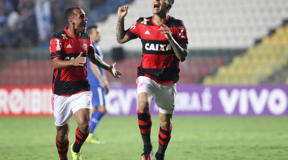 Atuações: Guerrero retorna com gol, Mancuello entra iluminado e o Mengão vira na raça