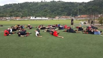 Jogadores do Fla aquecendo antes da partida | Foto: Flamengo FA/Divulgação