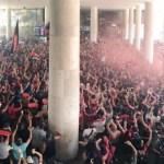"""#EnqueteMRN: maioria esmagadora da torcida apoia o """"AeroFla"""" no embarque para o Peru"""