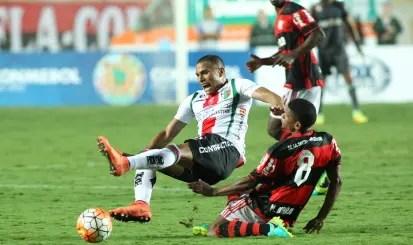 Tuiteiro rubro-negro oferece Márcio Araújo a clubes dos EUA