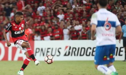 """Zé sobre Márcio Araújo: """"Tem muito a nos ensinar. Me ensinou"""""""