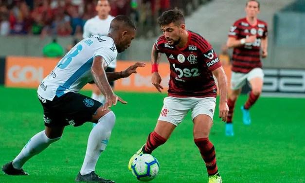 Torcida do Grêmio se revolta com alto valor dos ingressos da partida de ida contra o Flamengo