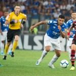 """Jornal argentino destaca erro de arbitragem contra o Flamengo: """"Pênalti fantasma"""""""