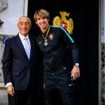 Goleiro do Flamengo é condecorado em Portugal após conquista da Copa do Mundo de Beach Soccer