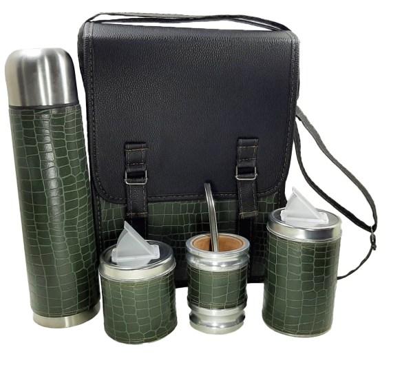 Set matero camping sencillo croco verde militar con mate algarrobo al mayor