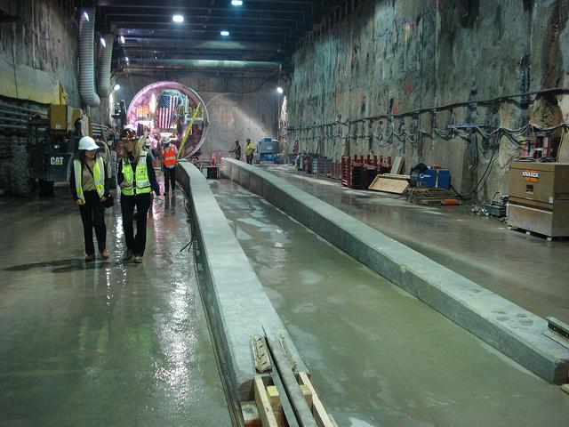 tunnel_machine