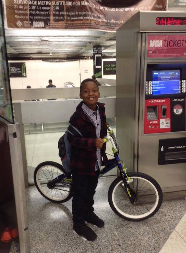 kid_gets_a_bike