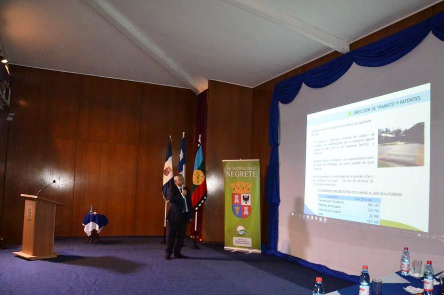 Alcalde Francisco Melo entregó exitosa Cuenta Pública 2016 a la comunidad