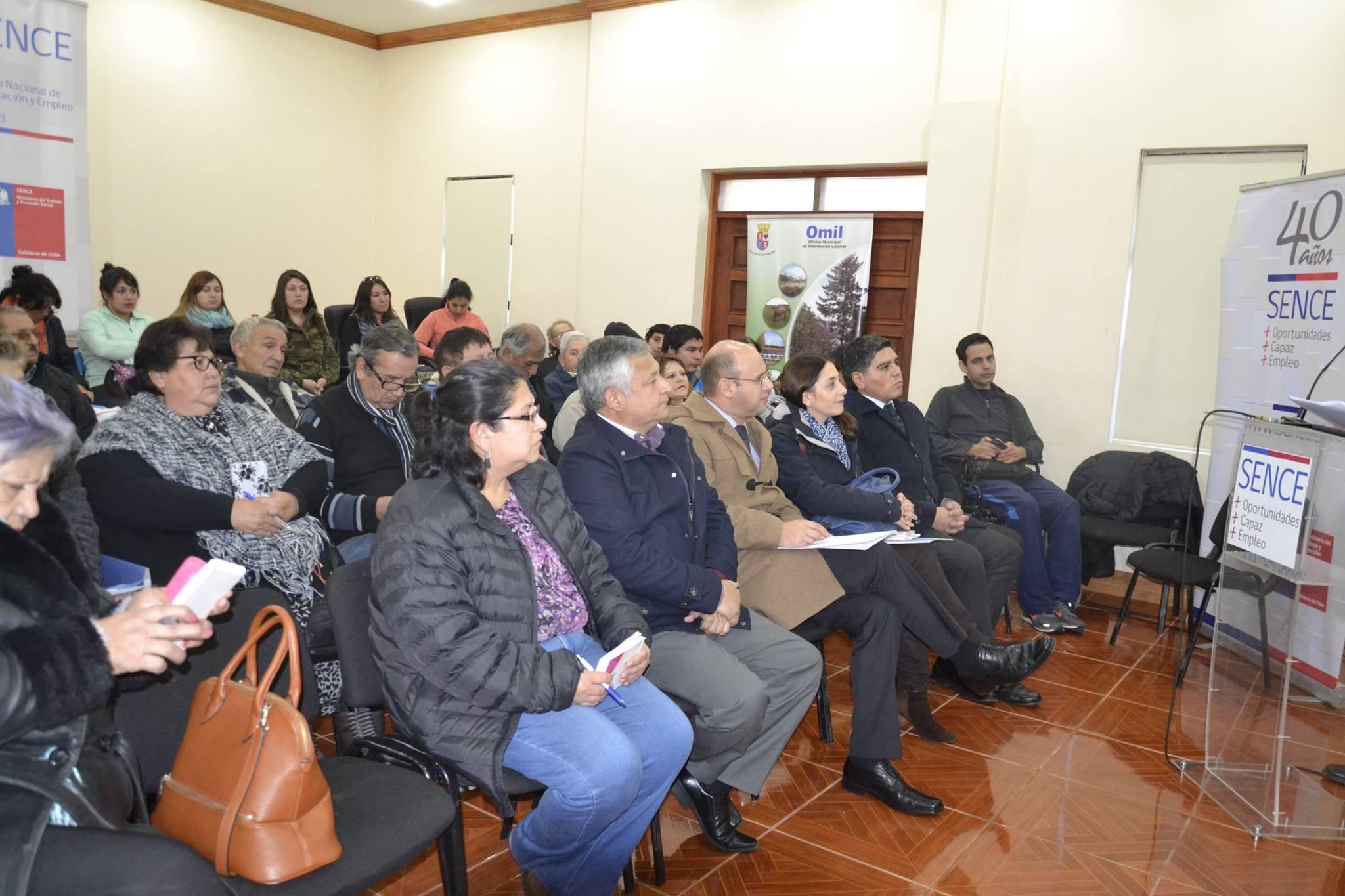 Alcalde Francisco Melo expone necesidades de capacitación a Sence Biobío