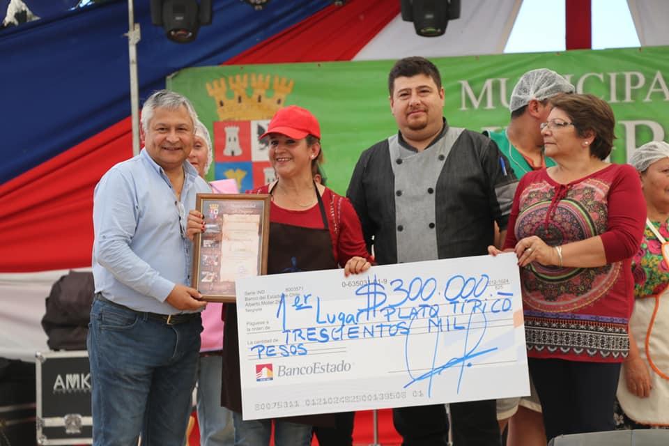 Premiación 'Plato típico' Feria Costumbrista Coigüe 2019